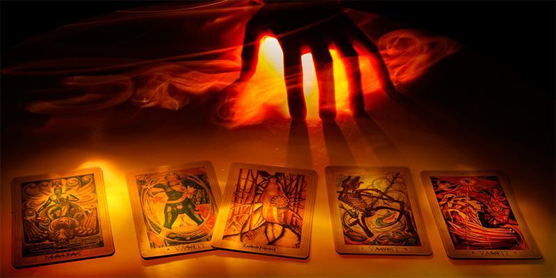 Rút một lá bài tarot để biết bạn sẽ giàu sang phú quý lúc nào?