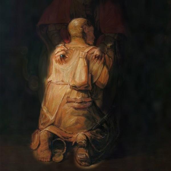 Người đàn ông đang quỳ gối